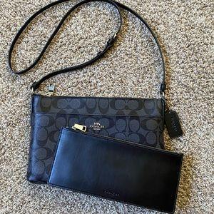 Coach 2 in 1 crossbody purse